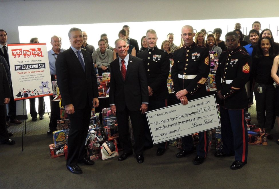 Toys For Tots Founder : Booz allen employees donate to marine toys for tots