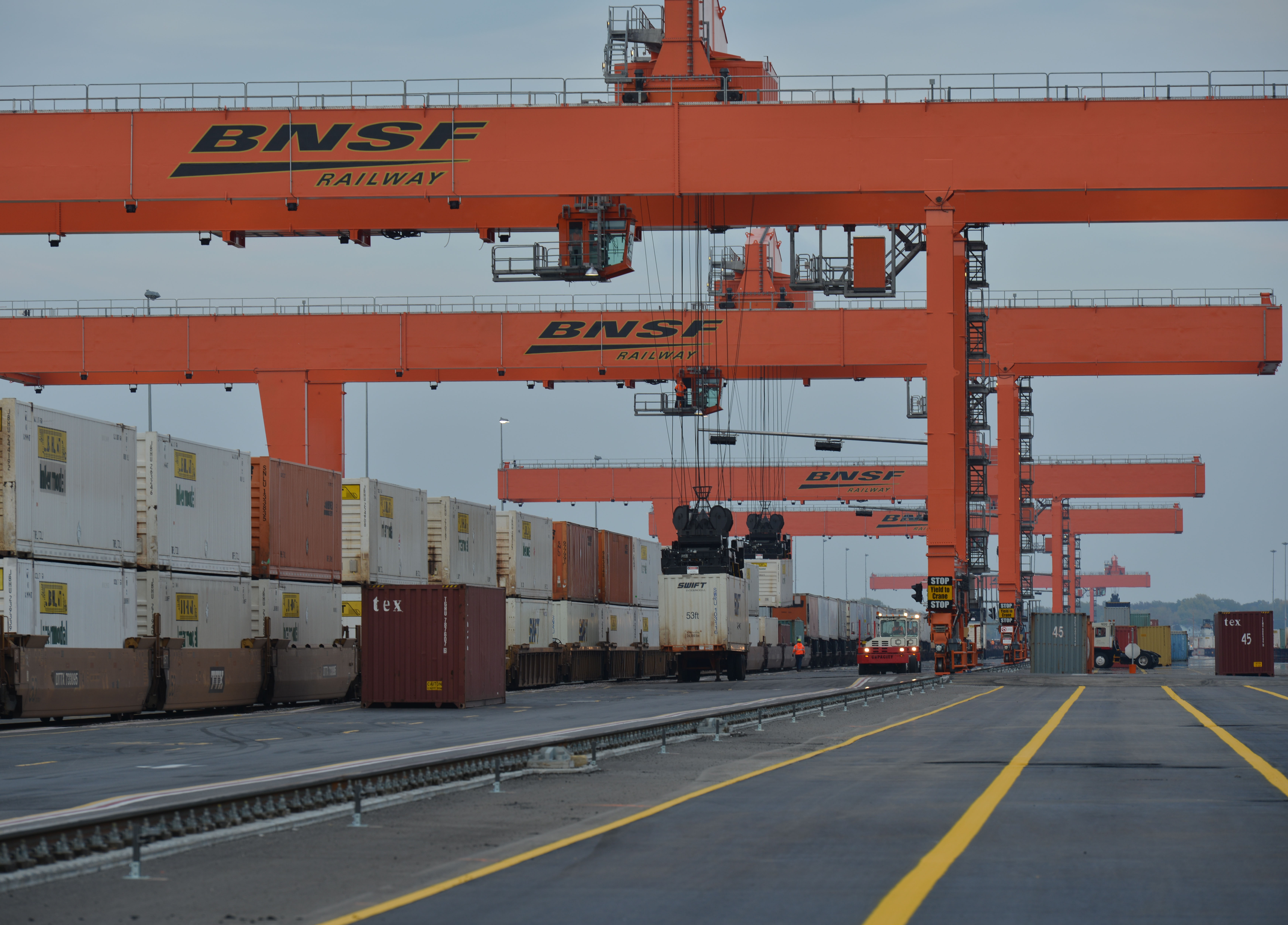 disadvantages of intermodal logistics parks The competitiveness of global port-cities: the case of the seine axis (le havre, rouen, paris, caen.