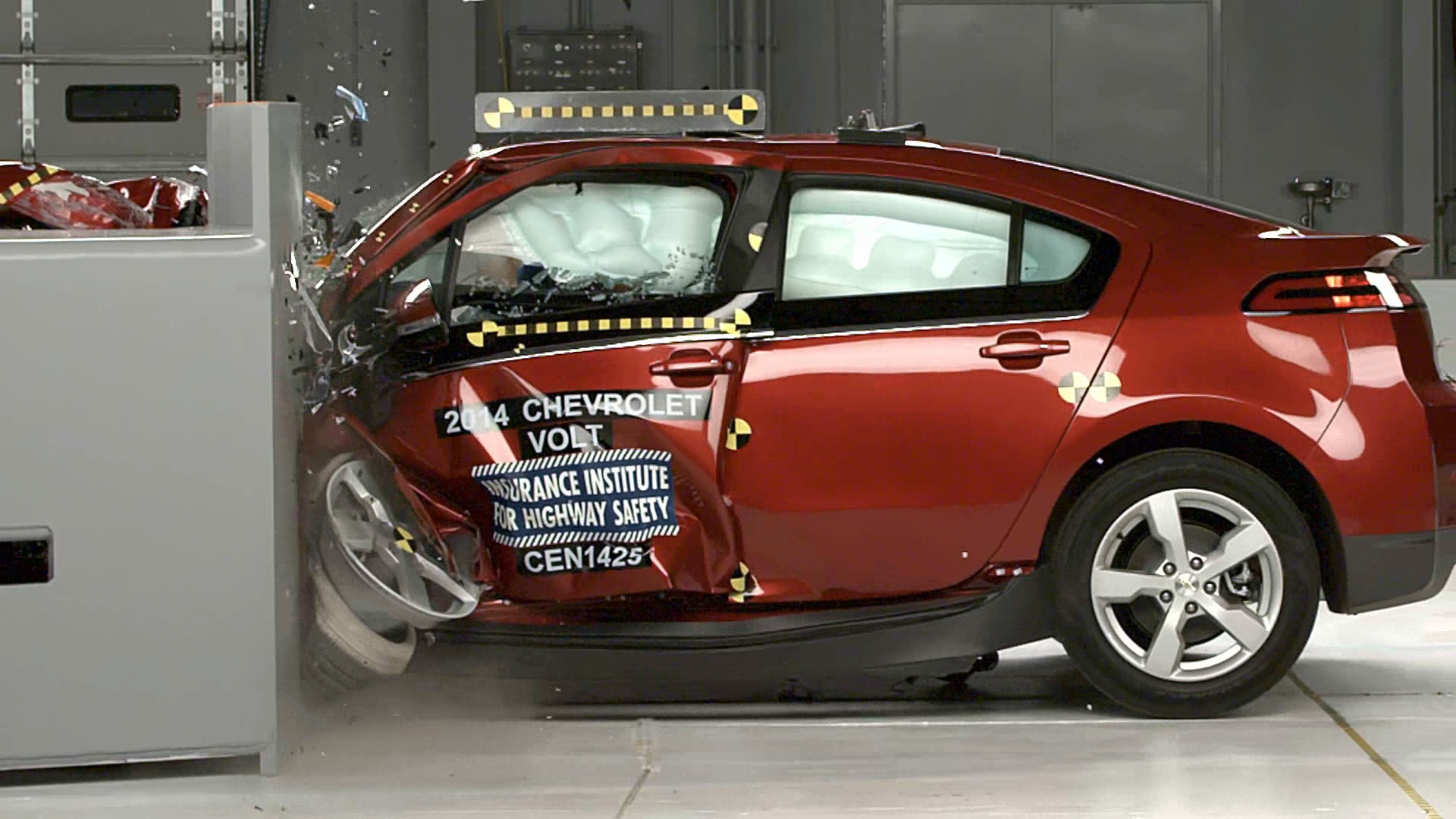 Chevrolet Volt Earns Iihs Top Safety Pick Award