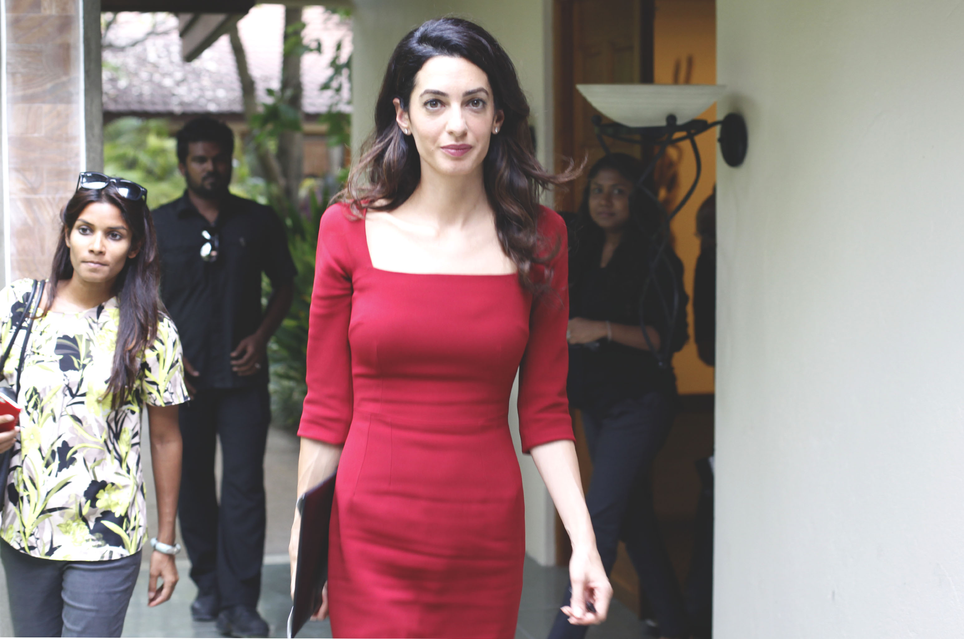 Fashion week Clooney amal launches scholarship with 100 lives for woman