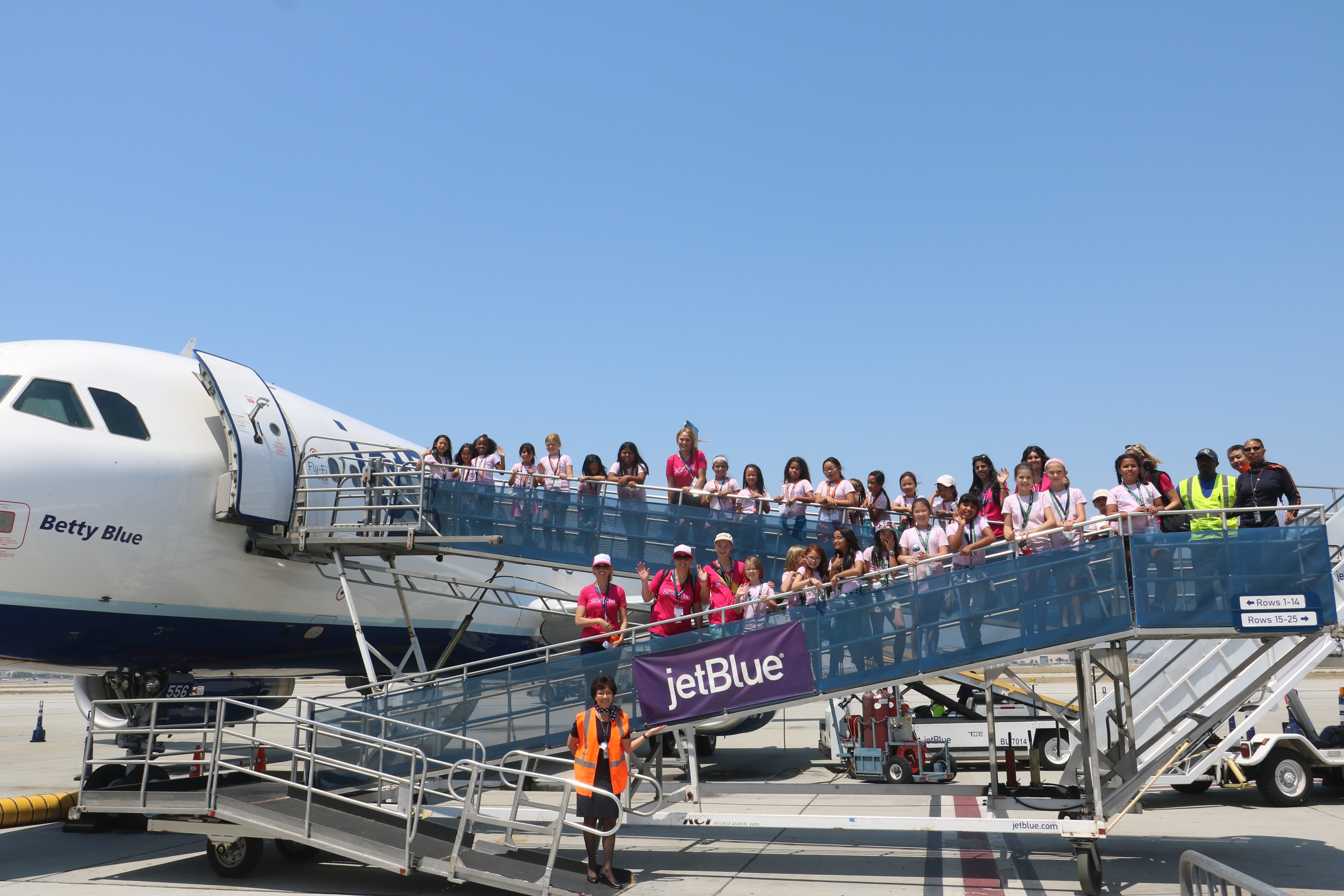 project scientist students think physics with the jetblue foundation