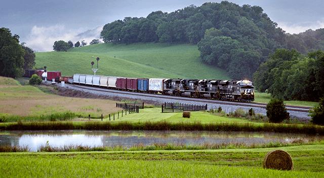 Rail's Environmental Advantage | Justmeans